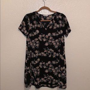 EUC lush Nordstrom floral shift dress